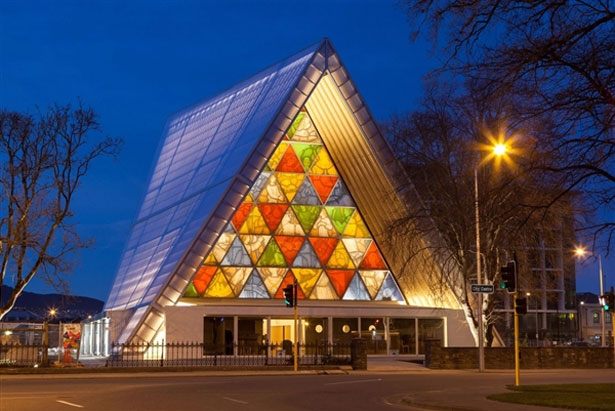 cardboard_cathedral_1