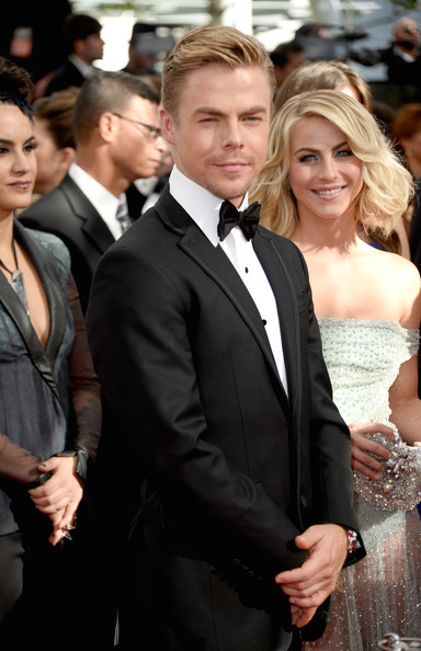 5_2013-Emmy_Julianne-Hough,-Derek-Hough