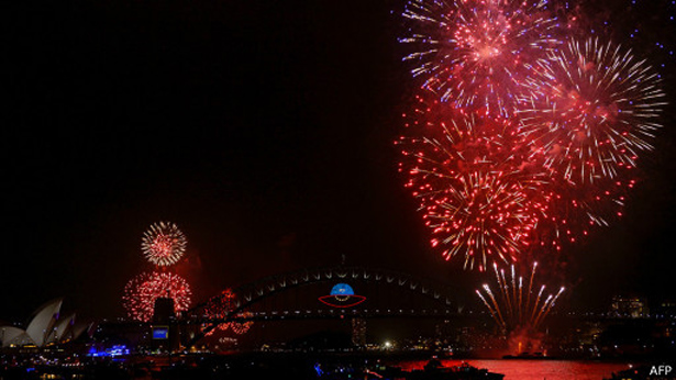 Sydney-New-Years-Eve-Fireworks-2014-_1