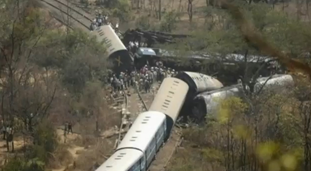 india-train-crash_1