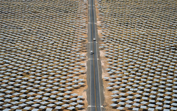 Ivanpah-Solar-Electric-Generating-System_4